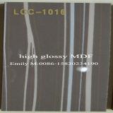 Lcc木のMDF (LCC-1017)からの現代食器棚のドア
