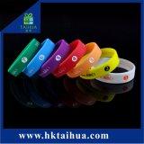 Braccialetto su ordinazione di fascino di modo, Wristband del silicone, elastico per il regalo di promozione