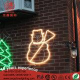 Luz de encargo del adorno de la cuerda de Papá Noel del árbol del muñeco de nieve de la muestra LED de la decoración de la Navidad para al aire libre