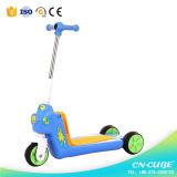 2015의 새로운 디자인 3 바퀴 Chlid 또는 아이 걷어차기 스쿠터