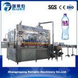 Автоматическая бутылка питьевой воды в жидкой фазе заполнения машины