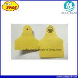 Tag de orelha amarelo conetado do gado com impresso