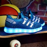 يشعل الصين بالجملة [لد] مسطّحة مضيئة فوق أحذية