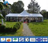 Tienda grande de la carpa del alto pico para la actividad de la boda del partido