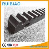 Pignon de crémaillère de haute qualité de forme carrée ou ronde en acier inoxydable de forme et de l'acier ou cuivre Matériau Acier crémaillère