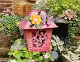 Métier coloré d'oiseau en métal de jardin