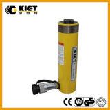 Широко используется гидравлический цилиндр одностороннего действия