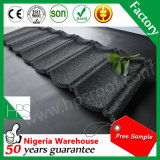 Da pedra dourada do fornecedor de China preço de fábrica revestido da telha de telhadura do metal