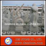 Escultura al aire libre del granito con la estatua del jardín