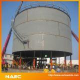 Macaco hidráulico para a construção do tanque
