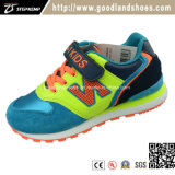 De nieuwe Schoenen Hf600 van de Jonge geitjes van de Sport van Sporten Toevallige