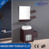 Moderne Vloer die de Houten Enige Ijdelheid van de Badkamers van de Gootsteen met Spiegel bevinden zich