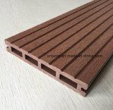 2017 Eco friendly Hollow WPC Revestimientos de exterior compuesto de plástico cubiertas de madera