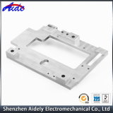 Часть CNC выполненного на заказ алюминия высокой точности подвергая механической обработке для медицинской