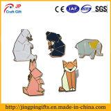 Logotipo personalizado insignia de solapa de esmalte de los animales de dibujos animados