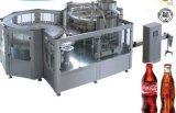 Agua de soda o máquina de rellenar de la cola
