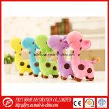 Het leuke Roze Stuk speelgoed van de Giraf van de Pluche voor Baby Learing