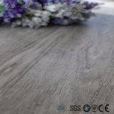 Plancher en plastique de vinyle de couplage en bois respectueux de l'environnement