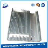打つ精密シート・メタルの製造アルミニウム脱熱器かラジエーターを押す