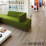 Plancher de luxe imperméable à l'eau auto-adhésif de planche de vinyle d'utilisation d'intérieur