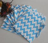 青いシェブロンのバージンの木材パルプの物質的な紙ナプキン