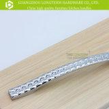 명확한 다이아몬드 격자 무늬 아연 Metarial 부엌 손잡이 가구 기계설비
