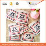 Polyester gedruckter Firmenzeichen-Kleid-Marken-Drucken-Kleidung gesponnener Aufkleber-Kennsatz