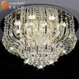 LEDのペンダント灯の現代吊り下げ式の水晶シャンデリアの天井ランプOm88439