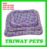Amortiguador coralino cómodo suave del gato del perro del terciopelo (WY1610113-1A/C)