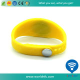 ISO14443A 13,56 MHz Bracelet silicone silicone RFID à différentes tailles