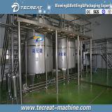 Bouteille 3 d'animal familier dans 1 machine de remplissage à chaud de jus de boisson