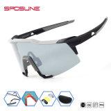 熱い販売のスポーツのサングラス交換可能なレンズの人のWemenの屋外ガラス