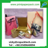 Un exquisito regalo personalizados de papel Bolsa con Gold Ribbon Bow