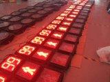 Clignotement du voyant de la circulation piétonne de la lumière avec compteur de compte à rebours