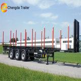 工場Pricetimberの重砲運搬車の木製の製材ログの鋼管が付いているローディングの平面の半トレーラー