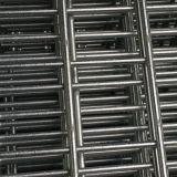 150X150mmの熱いすくいの溶接された金網のパネル
