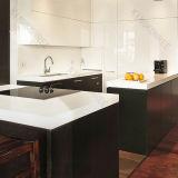 現代白いカスタマイズされた固体表面の台所カウンタートップ