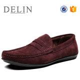 Nuevo Diseñador de cuero Loafer hombres zapatos planos