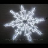 Luz LED de la cuerda de Venta caliente Motif copo de nieve con el marco de metal
