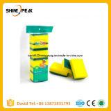 Губка губки с абразивным покрытием для использования на кухне
