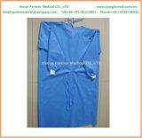 Robe chirurgicale non-tissée remplaçable de dames