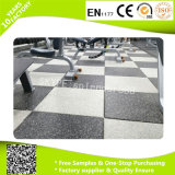 EPDMの屋内体操のフロアーリングのためのゴム製微粒の床タイル