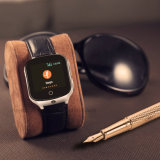 Câmera 3G adultos Rastreador GPS assista com GPS+lb+WiFi Y19