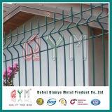 塗られた溶接された金網の塀/PVCは金網の塀の金属の塀のパネルを溶接した