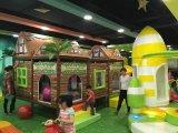 2018 дерево дом мягкой детей игровая площадка внутри оборудования с маркировкой CE (HS13401)