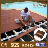 Vente en gros du bois conçue extérieure de Decking du composé WPC de matériau de construction