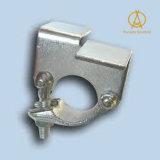 El estándar británico galvanizó la tarjeta forjada gota del andamio que conservaba el acoplador