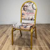 Muebles del hotel barato usados empilando la silla del banquete