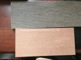 Compuesto de plástico ordinaria de madera maciza Suelos, ideales para exteriores