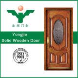 A maioria de porta interior de madeira contínua popular de projeto simples